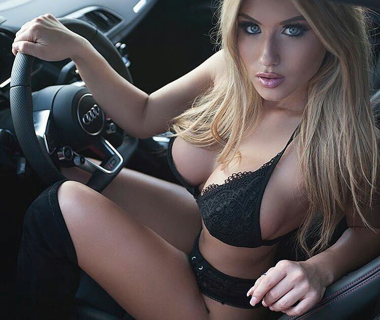 busty blonde model Shelbi Andrew. Sexy cleavage in black lingerie