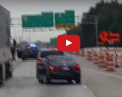 Two guys hilariously narrate a police chase, funny video