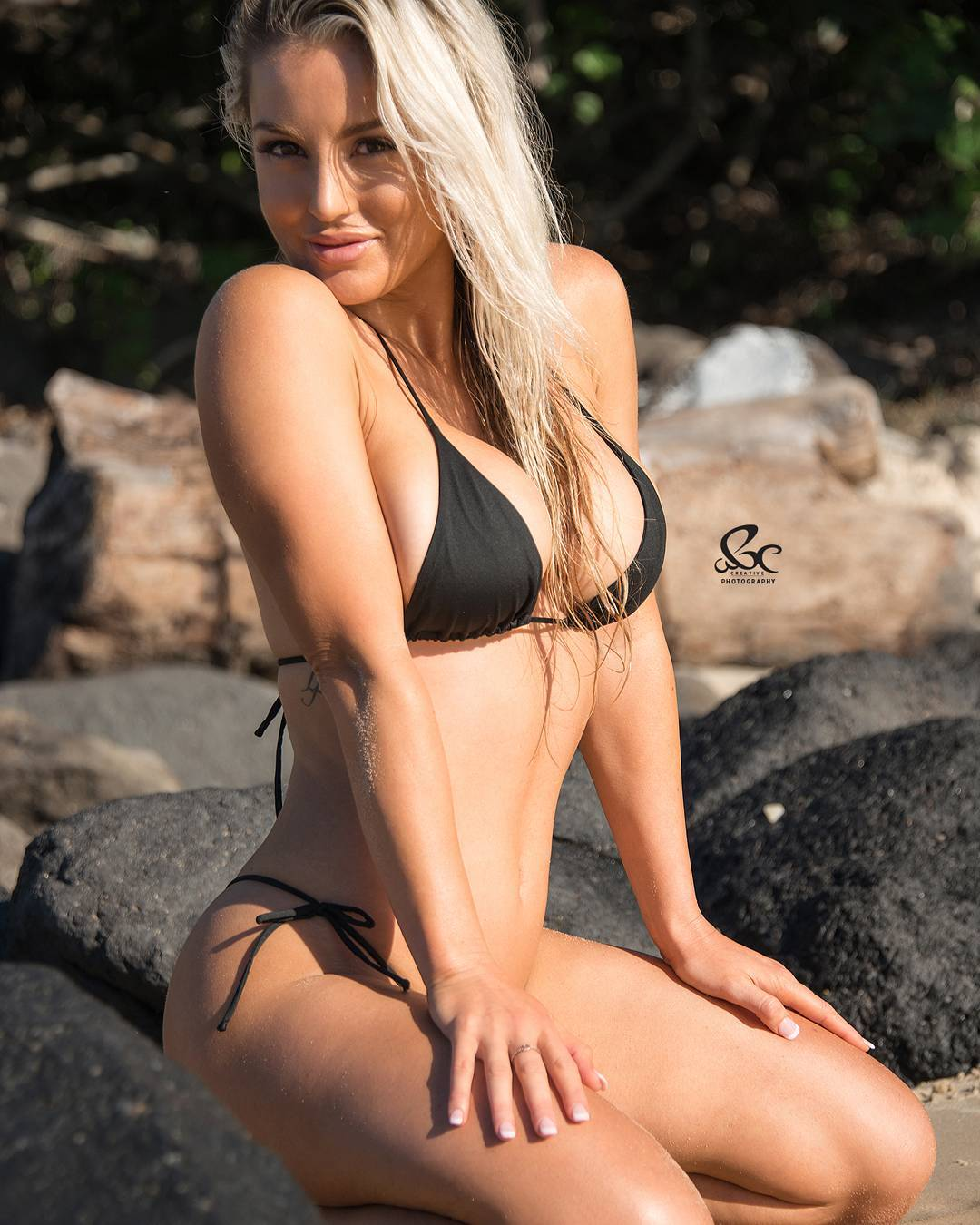 Sexy blonde fitness model Marijana Stojic in a bikini