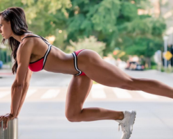 Sexy and Fit: 10 of our Favorite Fitness Models