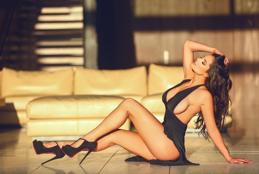 Sexy poses for women